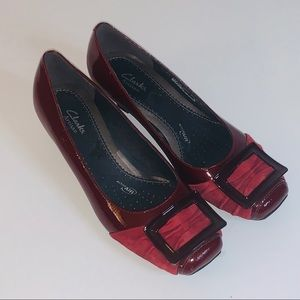 Clarks Artisan Pumps Patent Leather Red Size 6.5